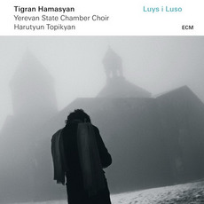 Luys I Luso mp3 Album by Tigran Hamasyan