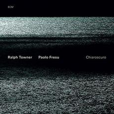 Chiaroscuro mp3 Album by Ralph Towner & Paolo Fresu